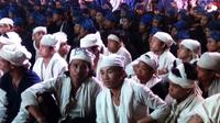 Sekitar 2.000 warga Suku Baduy Dalam dan Luar menggelar proses adat Seba sejak 28 April hingga 30 April 2017. (Liputan6.com/Yandhi Deslatama)
