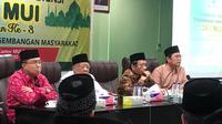 Menko Polhukam Mahfud Md saat memberikan sambutan dalam acara Standarisasi Kompetensi Dai di kantor MUI. (Liputan6.com/Putu Merta Surya Putra)