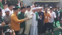 Mendaftar ke KPUD Jabar, Ridwan Kamil - UU Ruzhanul Salat Hajat