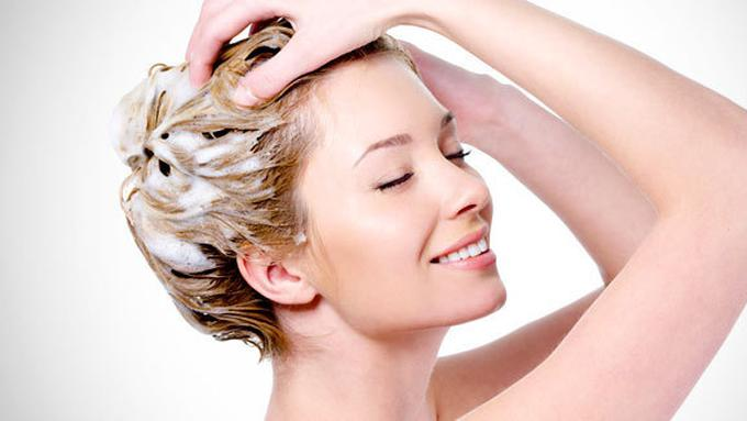 Tips Mengatasi Rambut Patah-Patah - Beauty Fimela.com aaaa6a7429