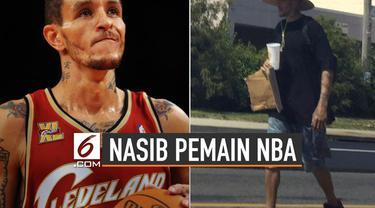 Kembali tersebar foto mantan pemain NBA Delonte West dengan kondisi terpuruk.