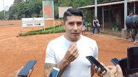 Gelandang Persib Bandung Esteban Vizcarra optimistis bisa pulih lebih cepat. (Huyogo Simbolon)