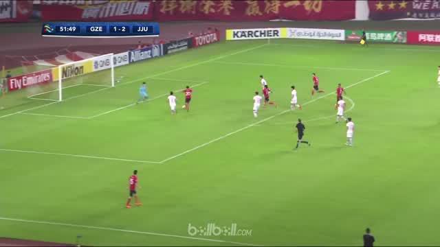 Guangzhou Evergrade bangkit dari posisi tertinggal untuk mengalahkan Jeju United 5-3 di kandang, Selasa (6/3). Tim tamu memimpin 2...
