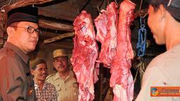Citizen6, Tulang Bawang: Bupati meninjau Pasar Mulya Asri, Kecamatan Tulang Bawang Tengah pada, Rabu (24/08). (Pengirim: Jerry Hasan)