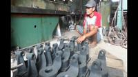Selain dikenal memiliki kreativitas tinggi, masyarakat Tegal juga terkenal handal di bidang industri logam. (Liputan6.com/Fajar Eko Nugroho).