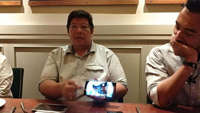Pengamat Gadget Lucky Sebastian saat ditemui di Jakarta, Senin (11/9/2017). (Liputan6.com/ Agustin Setyo Wardani)