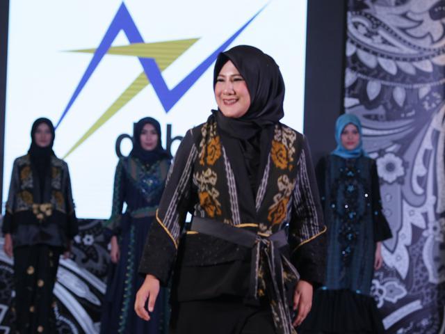 Mewahnya Baju Pesta Ready To Wear Dari Tenun Troso Jepara Fashion Beauty Liputan6 Com