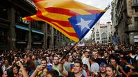 Aksi protes di Barcelono, menuntut wilayah Katalunya (Catalonia) merdeka dari Kerajaan Spanyol (AP/Francisxo Seco)