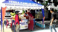 Guna mengantisipasi lonjakan harga daging jelang Bulan Ramadan dan Lebaran Perum Bulog Bengkulu melakukan antisipasi mendatangkan daging kerbau beku asal India (Liputan6.com/Yuliardi Hardjo)