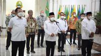 Wakil Presiden Ma'ruf Amin meninjau lokasi Agrowisata Urban Farming di Kecamatan Cicendo, Kota Bandung, Rabu (29/09), didampingi oleh Sekretaris Kementerian Koordinator Bidang Perekonomian Susiwijono Moegiarso.