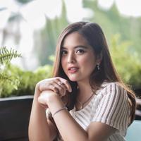 Tasya Kamila dilamar sang kekasih, Randi W Bachtiar. (Instagram/tasyakamila)