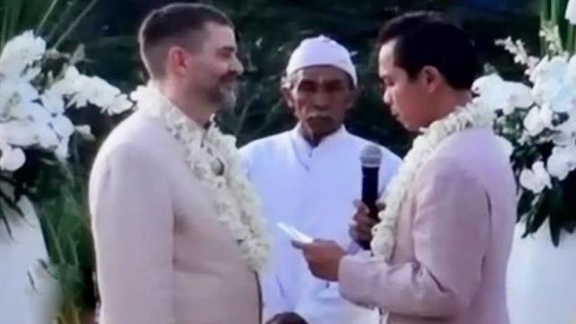 Heboh Pernikahan Sejenis Di Padang 6 Bulan Pembuktian Status