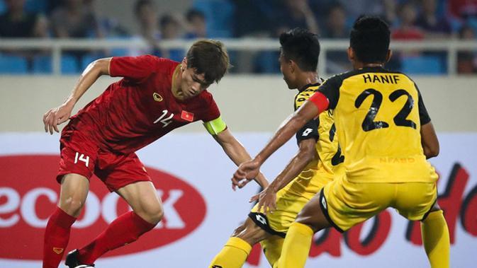 Nguyen Hoang Duc menjadi salah satu pemain Vietnam U-23 yang patut diwaspadai di Kualifikasi Piala AFC U-23 2020. (dok.Zing.vn)