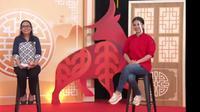 Chef Devina Hermawan dan Frida Dwiyanti selaku Principal of Sampoerna Academy dalam menyambut Imlek 2021. (Liputan6.com/Dinny Mutiah)