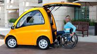 Mobil listrik Kenguru didesain bagi para penyandang disabilitas, terutama pengguna kursi roda (Foto: Grist).