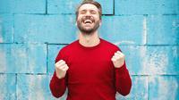 Ilustrasi pria bahagia. (Photo by bruce mars on Unsplash)