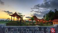 Balai Ekonomi Desa (Balkondes) Wanurejo, Jawa Tengah. Berlokasi di tenggara Candi Borobudur, Balkondes Wanurejo berada di antara Pegunungan Menoreh dan diapit oleh Sungai Progo dan Sileng.