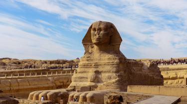 Menikmati Mesir Lewat Kemegahan Piramida dan Spinx