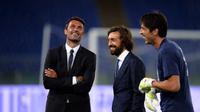 Paolo Maldini, Andrea Pirlo, Gianluigi Buffon (FILIPPO MONTEFORTE / AFP)