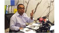 CEO Big Blue Taxi Shamsubahrin Ismail menggelar konferensi pers dan meminta maaf karena menyebut Indonesia negara miskin (Foto: The Star)