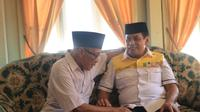 Nurdin Halid, Cagub Sulsel saat berbincang-bincang dengan tokoh masyarakat (Liputan6.com/ Eka Hakim)