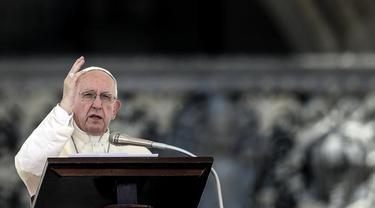 Jubah Paus Fransiskus