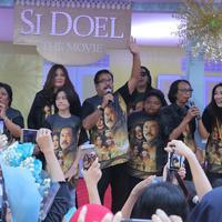 Penyerahan rekor Muri film Si Doel The Movie (Deki Prayoga/bintang.com)