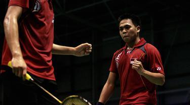 Markis Kido meninggal dunia saat bermain bulutangkis di GOR Petrolin, kawasan Alam Sutera, Tangerang malam ini. Dia diduga meninggal karena serangan jantung. (Foto: AFP/Kieran Dodds)