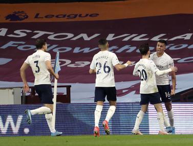 FOTO: Manchester City Lumat Aston Villa di Villa Park Stadium