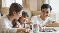 Tips mengedukasi anak tentang uang./Copyright shutterstock.com