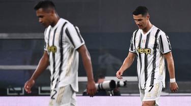 FOTO: Momen Haru, Mata Cristiano Ronaldo Berkaca-kaca dan Tertunduk Lesu Usai Juventus Dibantai AC Milan