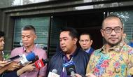 KPU RI menyerahkan jawaban gugatan hasil Pileg 2019 ke Mahkamah Konstitusi (MK), Jumat (5/7/2019). (Liputan6.com/Delvira Chaerani Hutabarat)