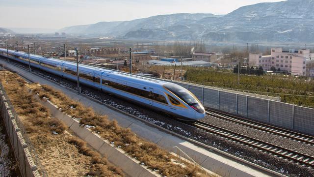 China Resmi Operasikan Jalur Kereta Cepat Yinchuan-Xi'an