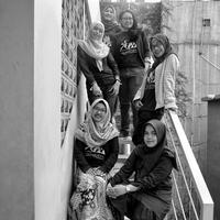 Lelah itu sudah pasti, tapi ternyata para anggota komunitas Jalan Pendaki tidak pernah berniat untuk meninggalkan hobi naik gunung. (Fimela.com/Adrian Putra)