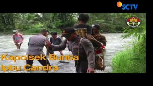 Aksi kemanusiaan aparat Polsek Bunta, Banggai, Sulawesi Tengah, yang memanggul seorang warga ke puskesmas untuk berobat mendapat apresiasi.