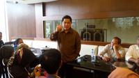 Presiden Panitia Asian Games Indonesia (INASGOC), Erick Thohir, memastikan jumlah event di Asian Games 2018 akan lebih sedikit dari edisi sebelumnya. (Bola.com/Zulfirdaus Harahap)