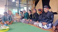 Prosesi Budaya Hamerti Kirti digelar oleh umat lintas agama di Dusun Pucung Pandak, Sidorejo, Selomerto, Wonosobo. (Foto: Liputan6.com/Lambang untuk Muhamad Ridlo)