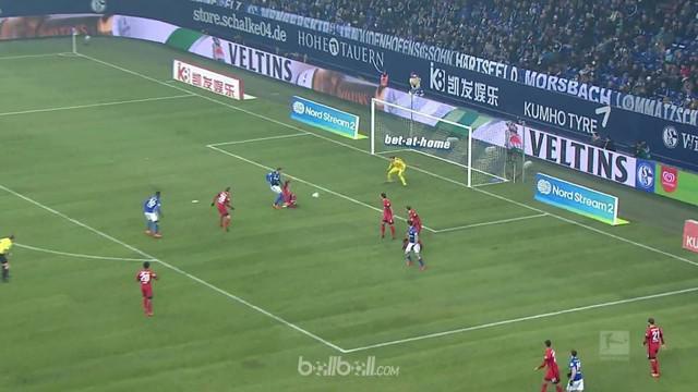 Marko Pjaca membawa Schalke ke posisi dua klasemen Liga Jerman setelah golnya memastikan kemenangan 1-0 atas Hertha Berlin. Golnya...