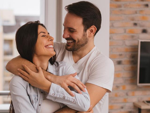 28 Kata Kata Romantis Untuk Suami Penghangat Hidup Berumah Tangga Ragam Bola Com