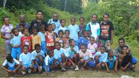 Kisah Haru Guru di Perbatasan Barat Waropen, Papua