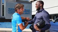 Romelu Lukaku bertemu pelatih Antonio Conte setelah resmi pindah dari Manchester United. Doc: Inter Milan