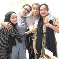 Soraya Haque, Shahnaz Haque, Isabella Fawzi, dan Chiki Fawzi. (Foto: instagram.com/shahnaz.haque)