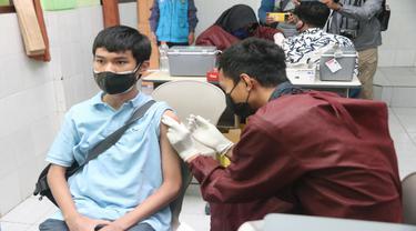 Vaksinasi Covid-19 untuk Anak di Malang Dimulai, Puluhan Ribu Siswa Tunggu Giliran