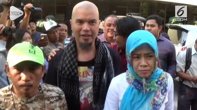 Polda Jawa Timur kembali mengagendakan pemanggilan terkait ujaran kebencian pada Ahmad Dhani.