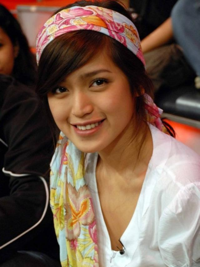 Dulu dan Kini: Gaya Jessica Iskandar dari Tampak Culun ...