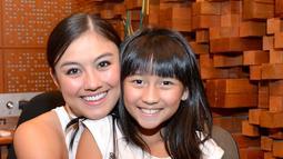 Agnez Mo dan Chloe Xaviera saat rekaman lagu di Studio Backbeat Cipete Jakarta pada tahun 2015 (KapanLagi/Bambang)