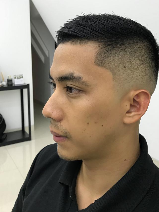 Potongan Rambut Pria Rambut Tipis 9