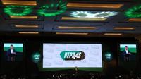 Calon Presiden nomor urut 01 Jokowi menghadiri acara deklarasi dukungan dari Relawan Pengusaha Muda Nasional (Repnas) di kawasan Senayan, Jakarta, pada Sabtu (3/11/2018). (Liputan6.com/Hanz Salim)