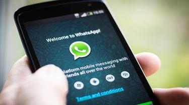 Kejar WeChat, WhatsApp Raih 900 Juta Pengguna Aktif Bulanan