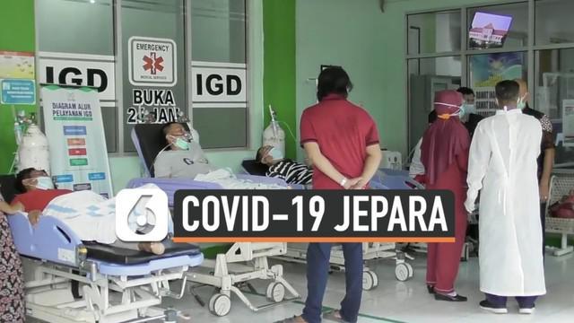 Beberapa daerah di provinsi Jawa Tengah berstatus zona merah terkait peningkatan kasus positif Covid-19. Gubernur Jawa Tengah Ganjar Pranowo mendapati sejumlah pasien dirawat di teras UGD saat sidak ke RSUD Jepara.